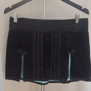 Tracy  Feith black mini skirt